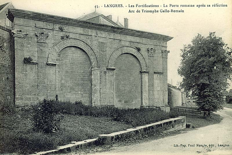 Langres : porte gallo-romaine